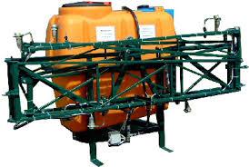 sfera-primeneniya-opryskivatelej-traktornyx-navesnogo-tipa