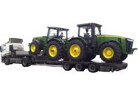kogda-mozhet-potrebovatsya-usluga-po-perevozke-traktorov